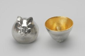 610082_Sake_Cup_Oriental_Zodiac_[gold]_Rabbit