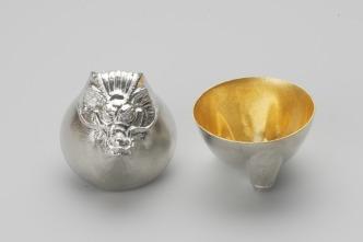 610083_Sake_Cup_Oriental_Zodiac_[gold]_Dragon
