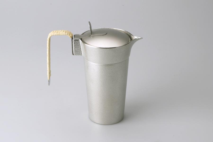 600190_Sake Ewer with hinged lid